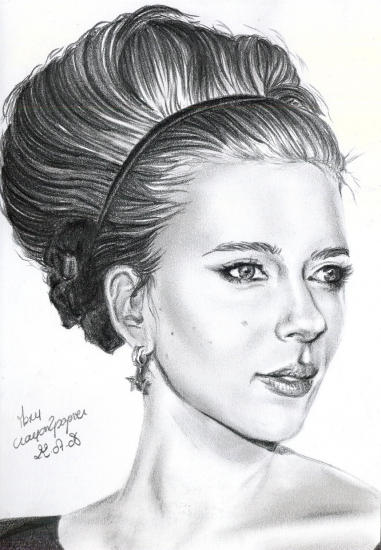 Scarlett Johansson by crayon2papier